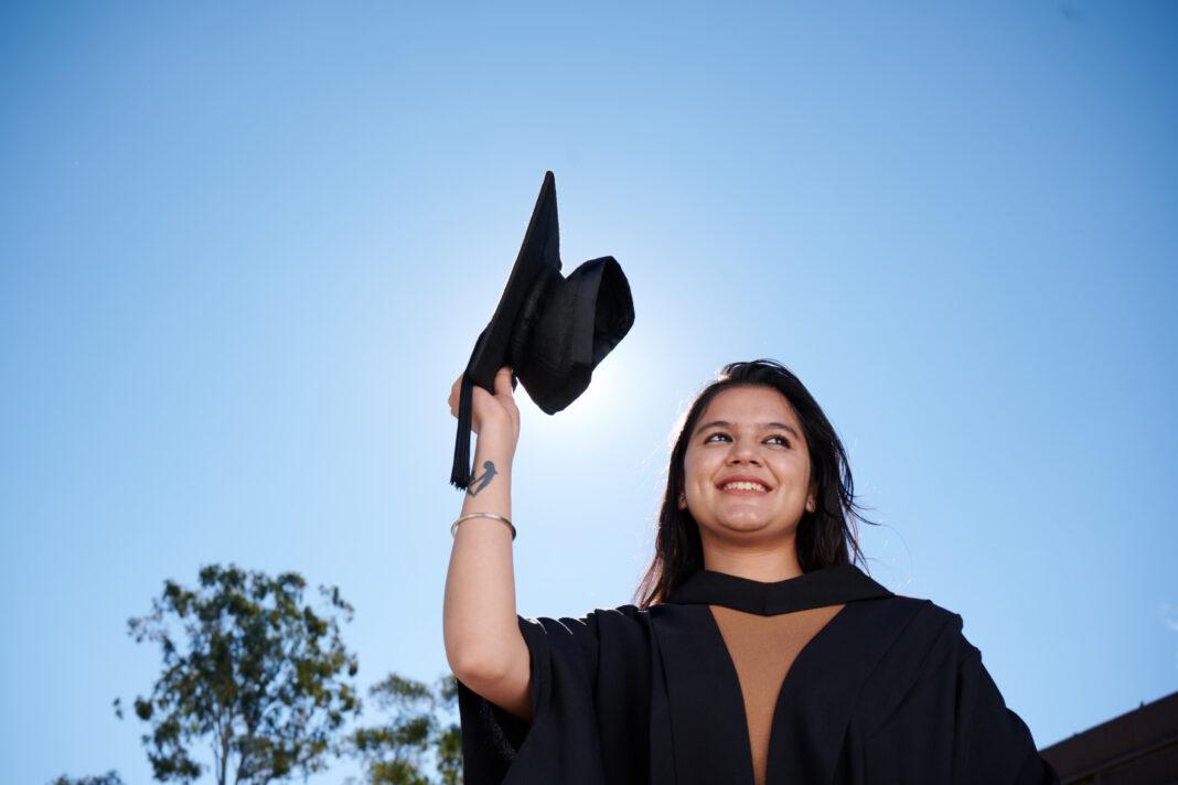 woman graduating uni
