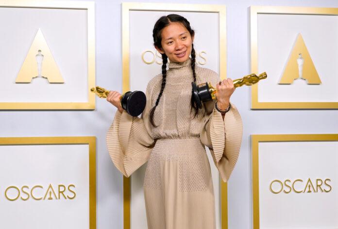 Chloe Zhang Oscars 2021 nomadland
